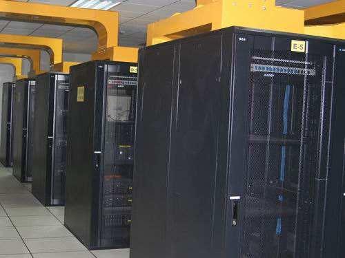 一个机柜中有多少个u和一个机柜中有多少个服务器